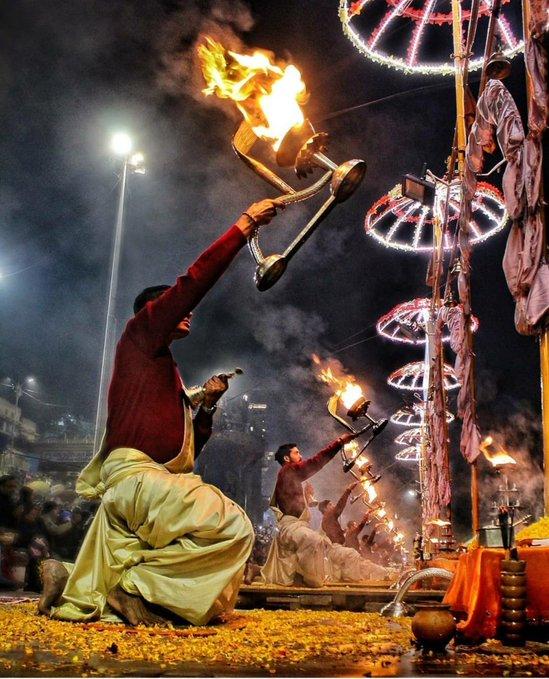 Evening Aarti: Sanatan Dharma